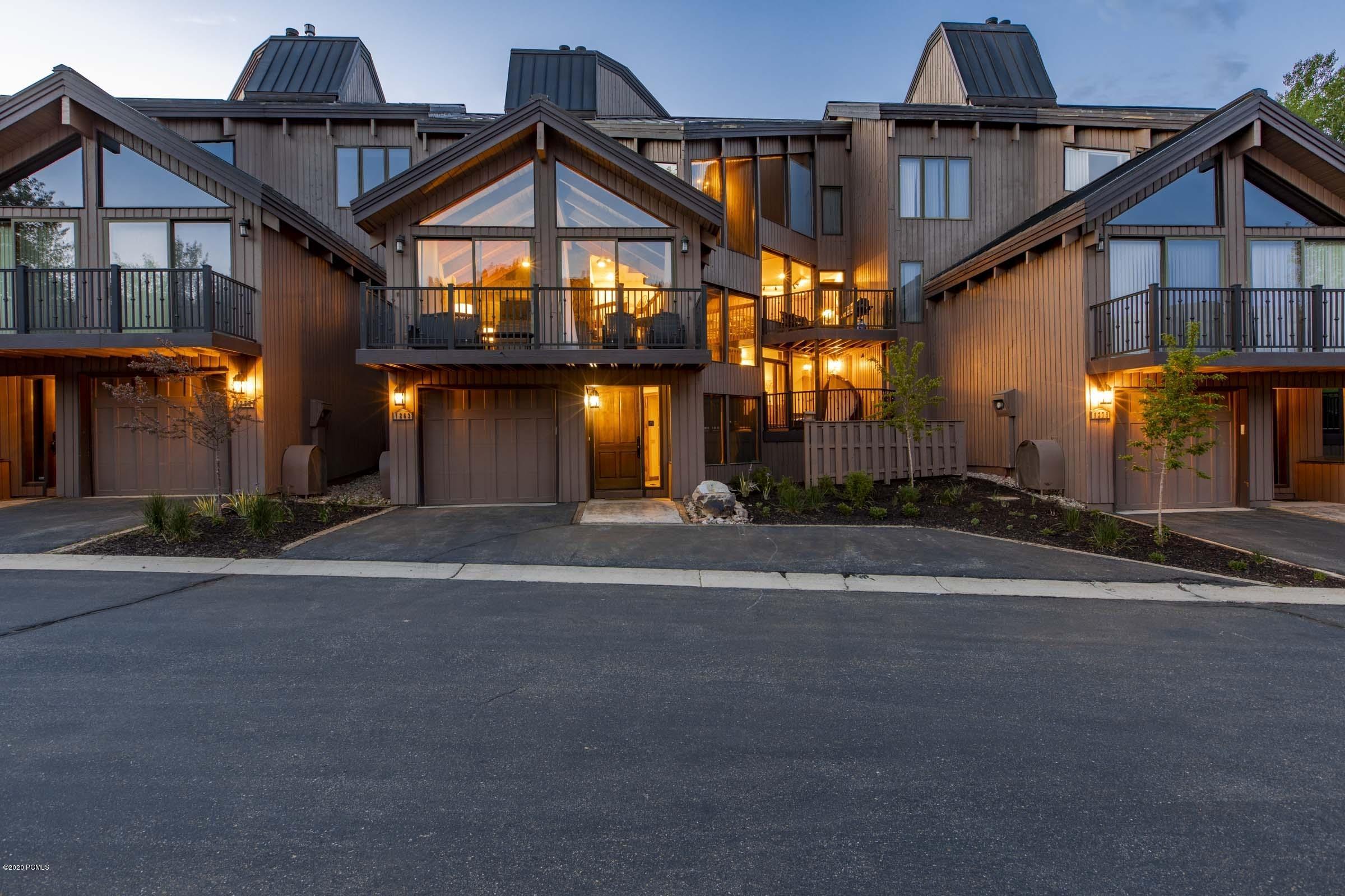 1263 Pinnacle Court, Park City, Utah 84060, 4 Bedrooms Bedrooms, ,4 BathroomsBathrooms,Condominium,For Sale,Pinnacle,20190109112430415765000000