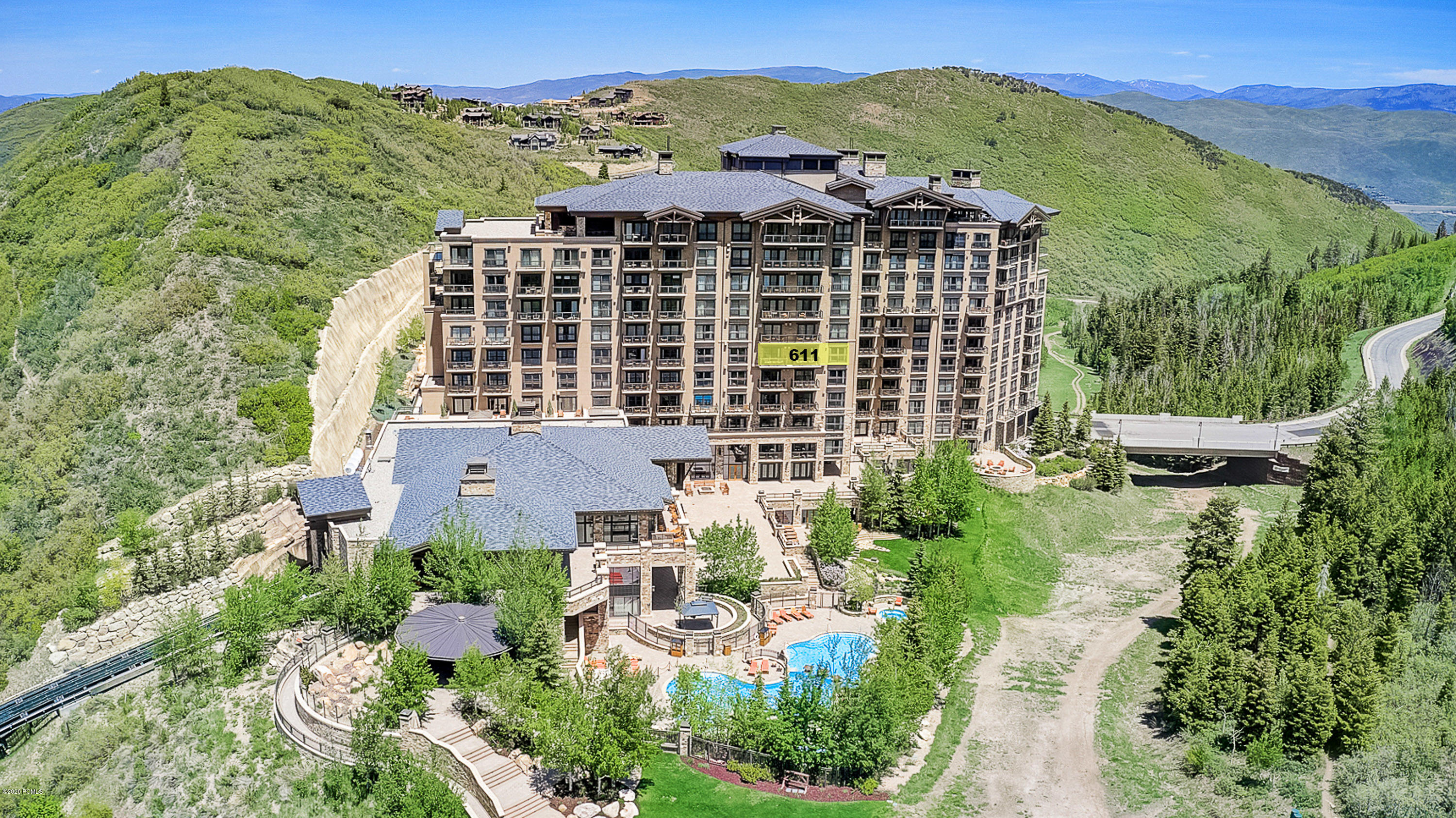 2300 Deer Valley Drive, Park City, Utah 84060, 3 Bedrooms Bedrooms, ,4 BathroomsBathrooms,Condominium,For Sale,Deer Valley,20190109112430415765000000