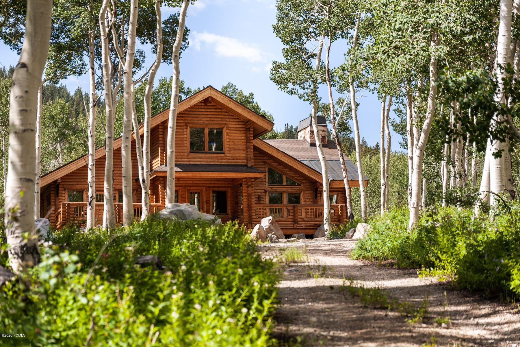 2524 Mars Way, Midway, Utah 84049, 3 Bedrooms Bedrooms, ,3 BathroomsBathrooms,Single Family,For Sale,Mars Way,20190109112430415765000000