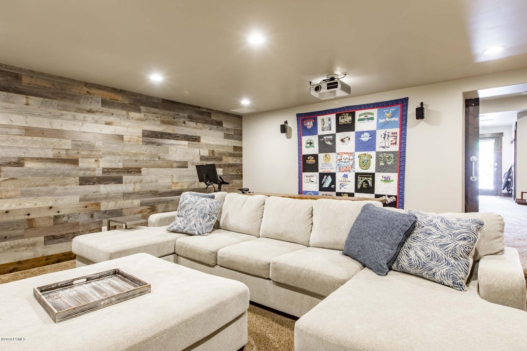 1151 Wintercress Trail, Heber City, Utah 84032, 3 Bedrooms Bedrooms, ,3 BathroomsBathrooms,Condominium,For Sale,Wintercress,20190109112430415765000000