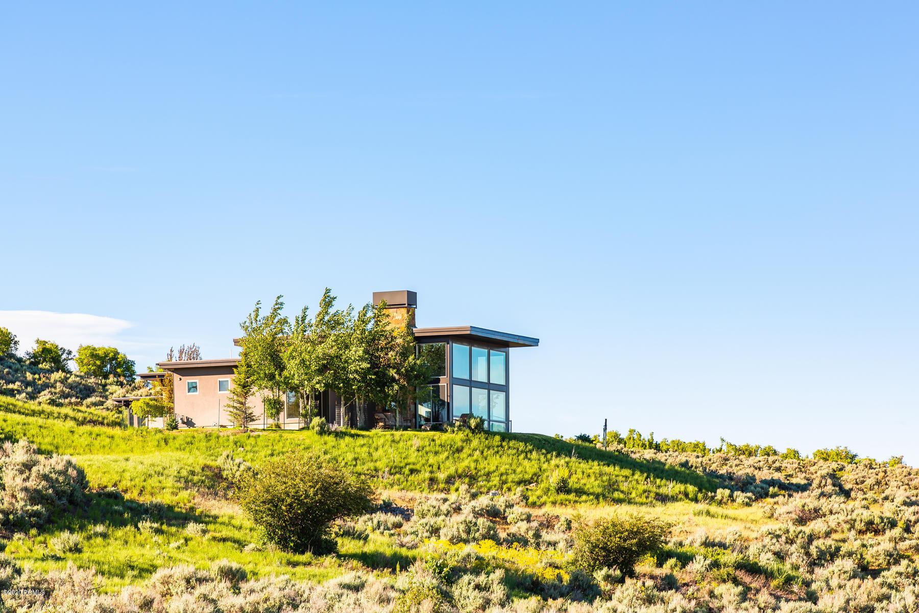 8536 Highfield Road, Park City, Utah 84098, 2 Bedrooms Bedrooms, ,2 BathroomsBathrooms,Single Family,For Sale,Highfield,20190109112430415765000000
