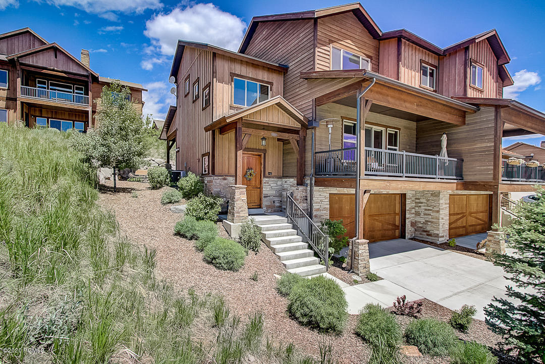 1663 Longview Drive, Hideout, Utah 84036, 4 Bedrooms Bedrooms, ,4 BathroomsBathrooms,Condominium,For Sale,Longview,20190109112430415765000000