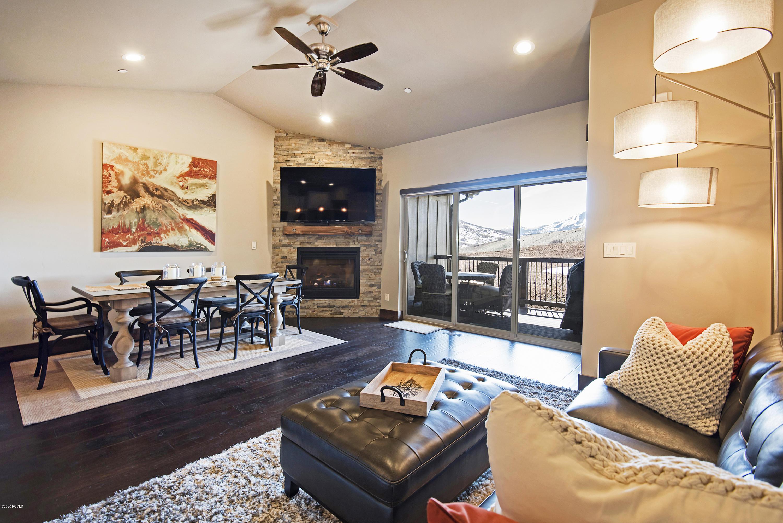 1185 Wintercress Trail, Heber City, Utah 84032, 3 Bedrooms Bedrooms, ,3 BathroomsBathrooms,Condominium,For Sale,Wintercress,20190109112430415765000000