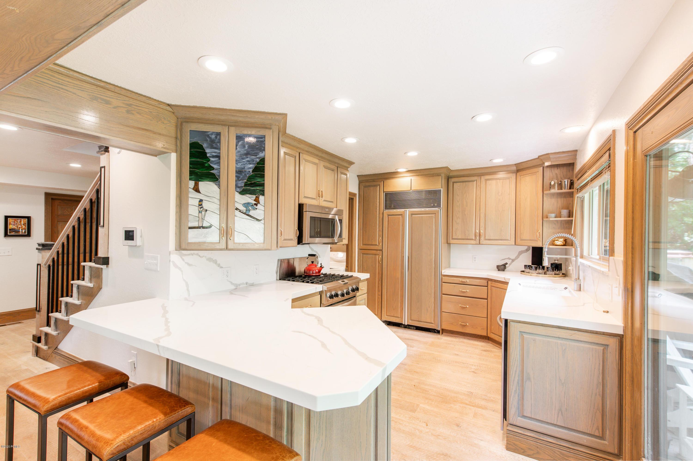 1920 Canyons Resort Drive, Park City, Utah 84098, 3 Bedrooms Bedrooms, ,2 BathroomsBathrooms,Condominium,For Sale,Canyons Resort,20190109112430415765000000
