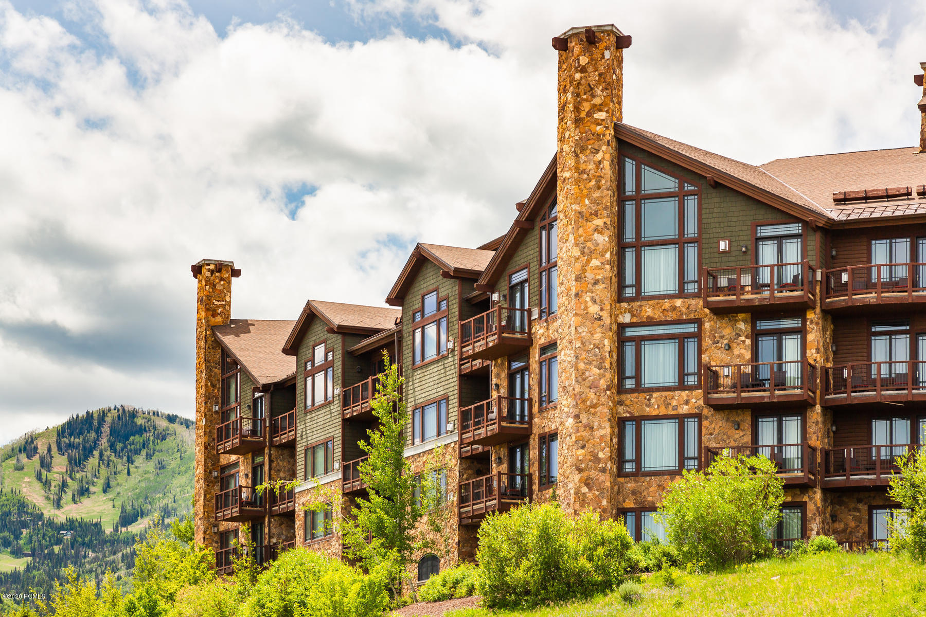 2100 Frostwood Boulevard, Park City, Utah 84098, 2 Bedrooms Bedrooms, ,2 BathroomsBathrooms,Condominium,For Sale,Frostwood,12002055