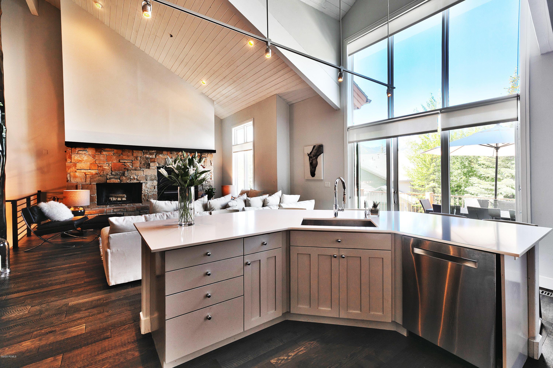 2800 Gallivan Loop, Park City, Utah 84060, 5 Bedrooms Bedrooms, ,6 BathroomsBathrooms,Condominium,For Sale,Gallivan,12002200