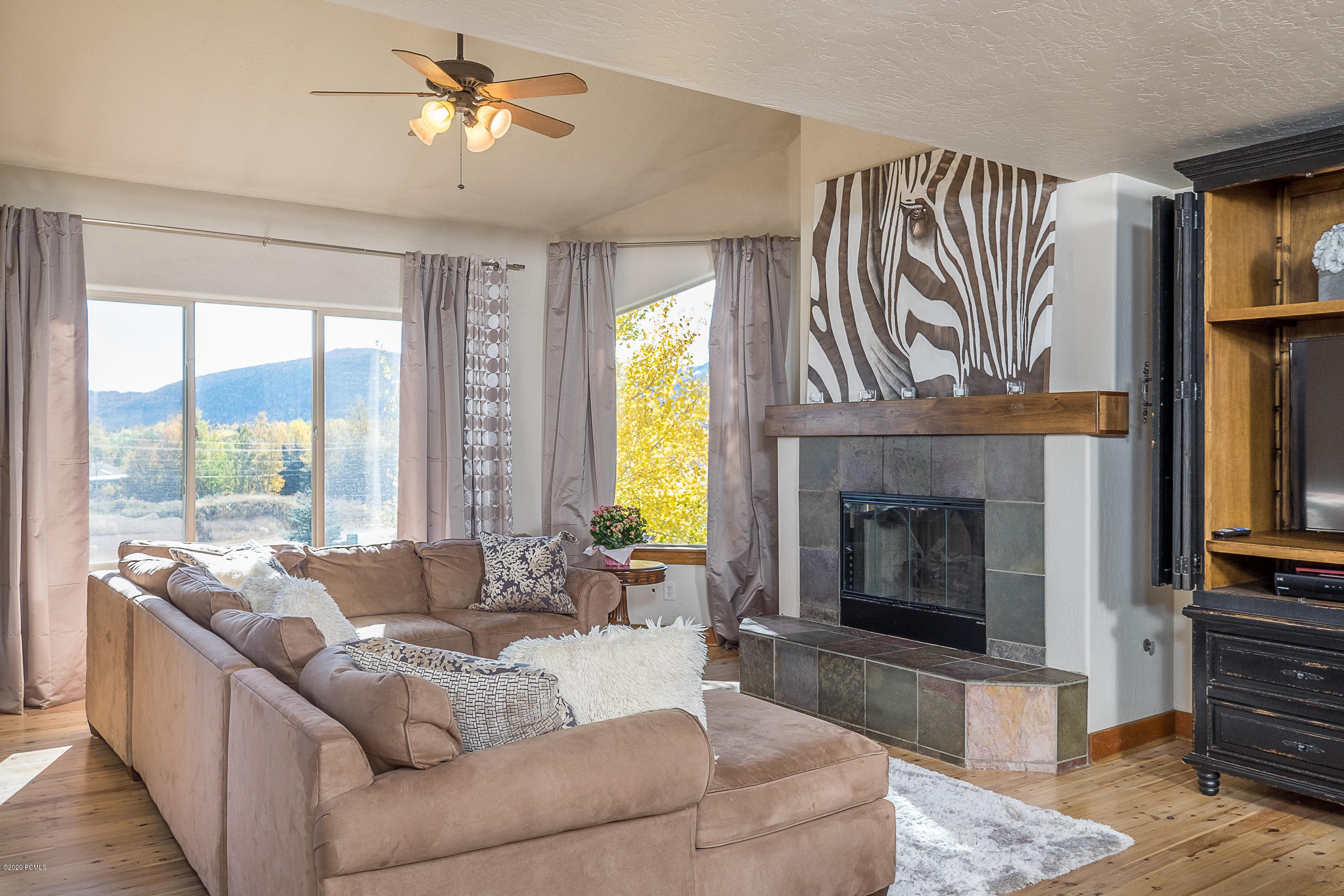 5241 Cove Canyon Drive, Park City, Utah 84098, 4 Bedrooms Bedrooms, ,3 BathroomsBathrooms,Condominium,For Sale,Cove Canyon,12002224