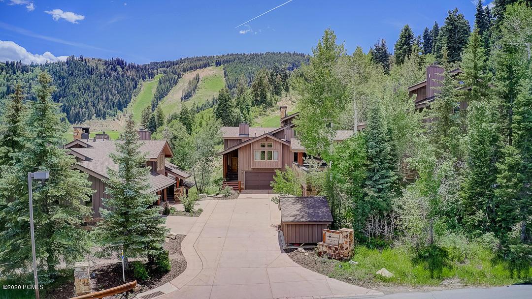 3130 Royal Street, Park City, Utah 84060, 4 Bedrooms Bedrooms, ,6 BathroomsBathrooms,Condominium,For Sale,Royal,20190109112430415765000000