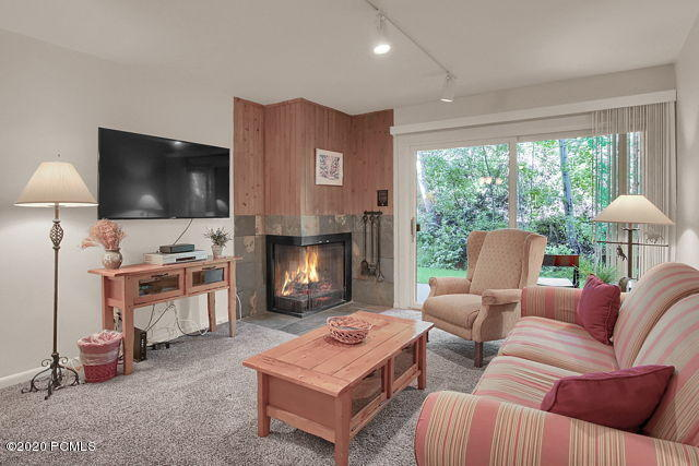 405 Silver King Drive, Park City, Utah 84060, 2 Bedrooms Bedrooms, ,2 BathroomsBathrooms,Condominium,For Sale,Silver King,12002450