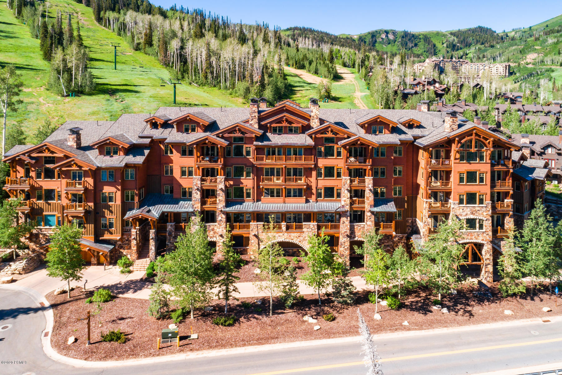 8777 Marsac Avenue, Park City, Utah 84060, 5 Bedrooms Bedrooms, ,6 BathroomsBathrooms,Condominium,For Sale,Marsac,12000284