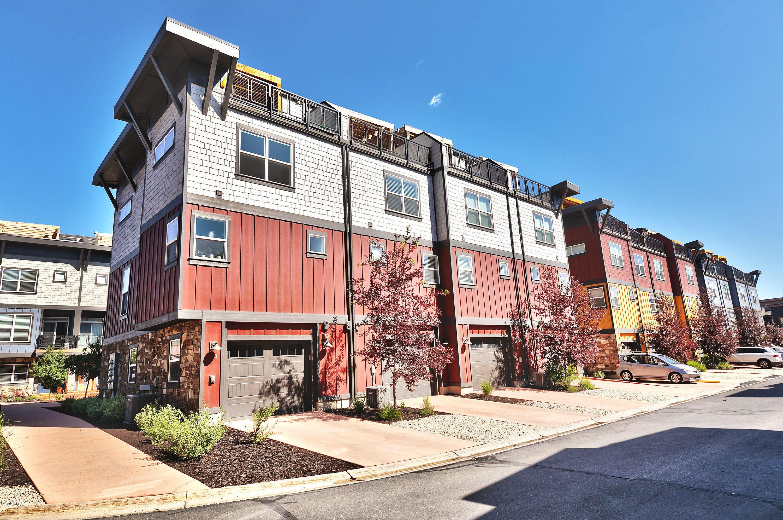1370 Center Drive, Park City, Utah 84098, 2 Bedrooms Bedrooms, ,3 BathroomsBathrooms,Condominium,For Sale,Center,12002673