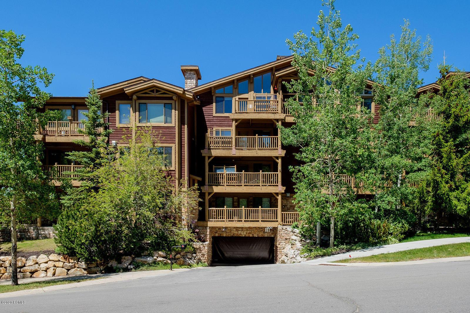 7447 Royal Street, Park City, Utah 84060, 2 Bedrooms Bedrooms, ,3 BathroomsBathrooms,Condominium,For Sale,Royal,12002282