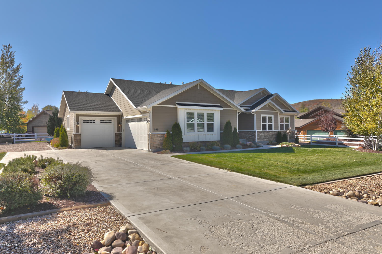 795 Oak Lane, Kamas, Utah 84036, 5 Bedrooms Bedrooms, ,4 BathroomsBathrooms,Single Family,For Sale,Oak,12002766