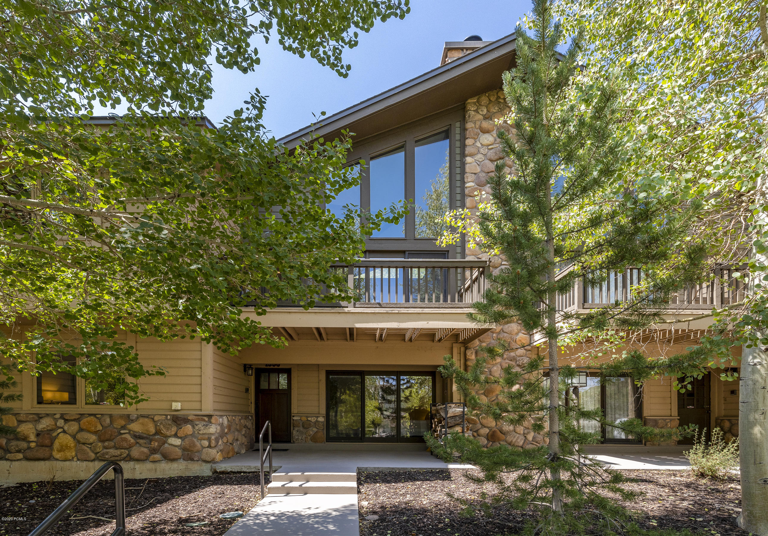 1550 Deer Valley Drive, Park City, Utah 84060, 3 Bedrooms Bedrooms, ,3 BathroomsBathrooms,Condominium,For Sale,Deer Valley,12002853