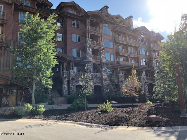 8777 Marsac Avenue, Park City, Utah 84060, 3 Bedrooms Bedrooms, ,4 BathroomsBathrooms,Condominium,For Sale,Marsac,12002881