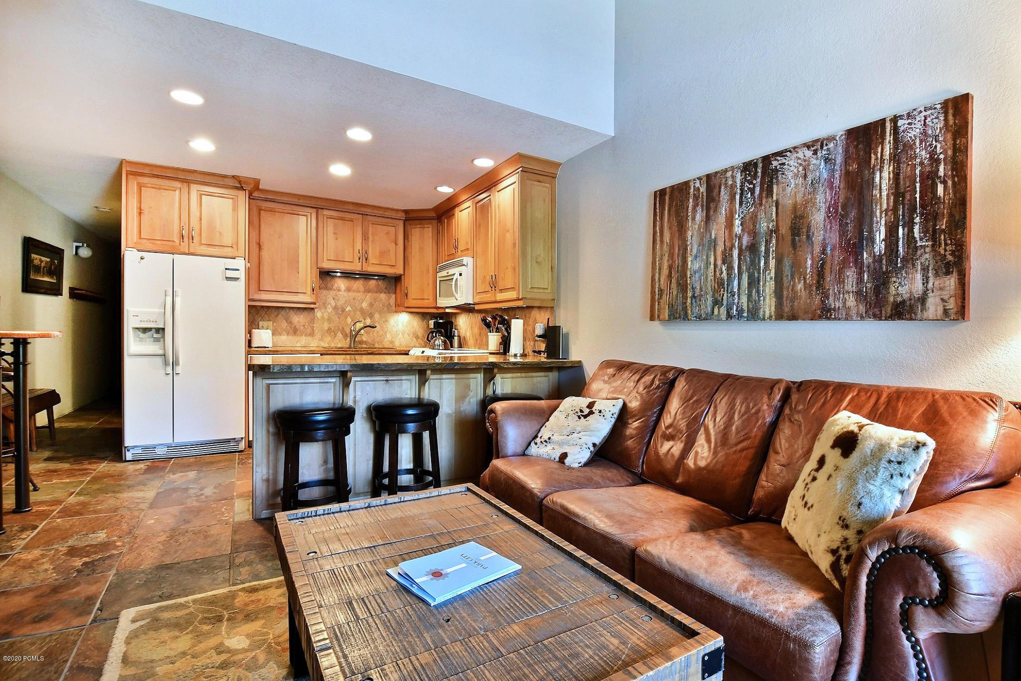 1530 Empire Avenue, Park City, Utah 84060, 2 Bedrooms Bedrooms, ,2 BathroomsBathrooms,Condominium,For Sale,Empire,12002902
