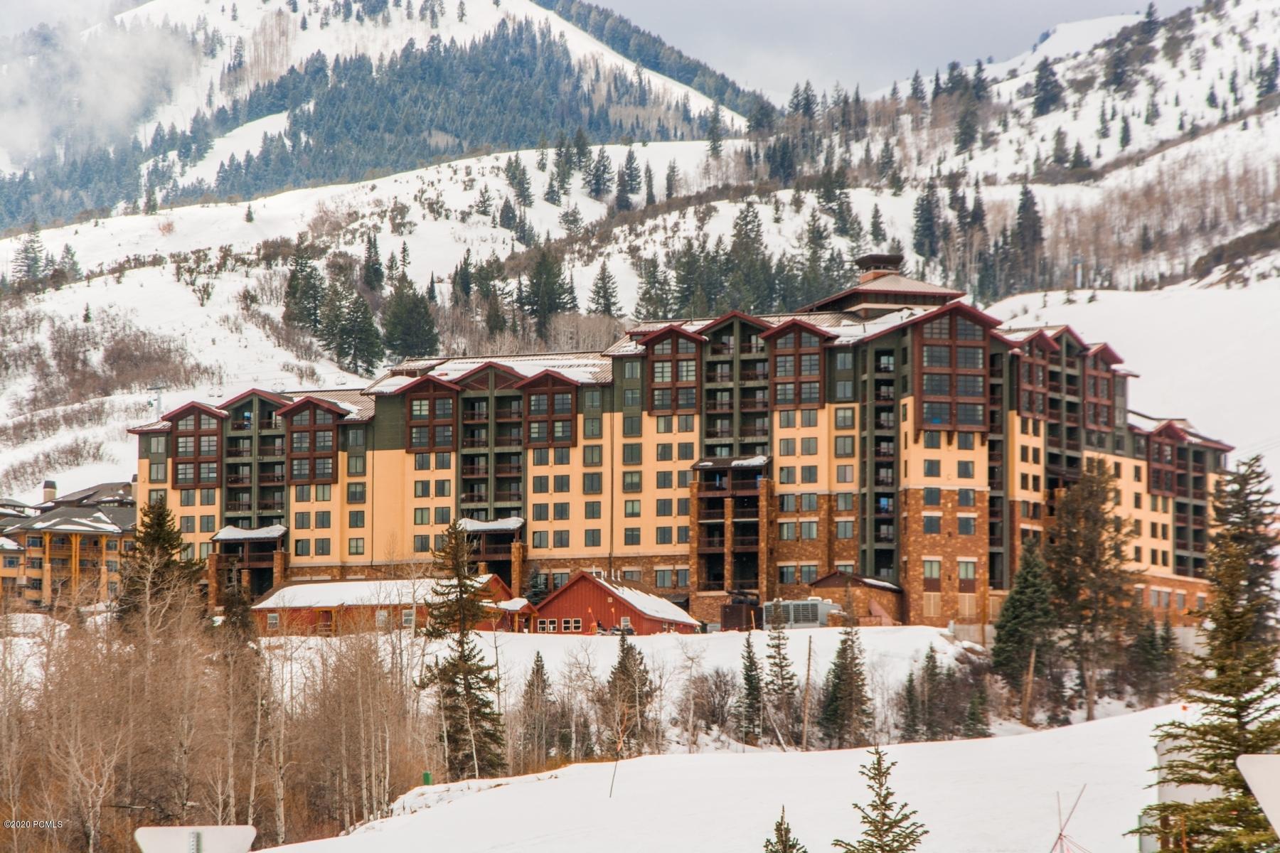 3855 Grand Summit Drive, Park City, Utah 84098, 1 Bedroom Bedrooms, ,2 BathroomsBathrooms,Condominium,For Sale,Grand Summit,12003020