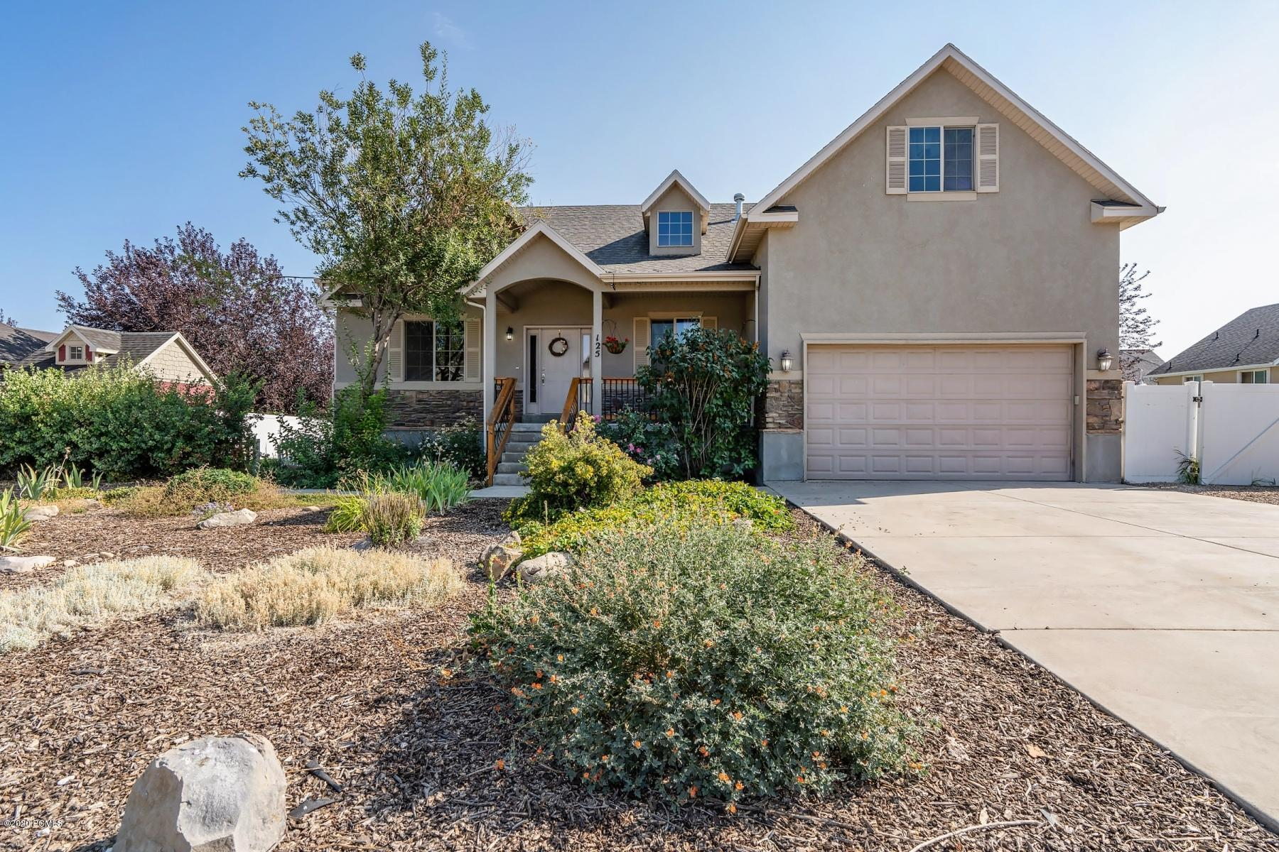 125 300 S, Midway, Utah 84049, 5 Bedrooms Bedrooms, ,4 BathroomsBathrooms,Single Family,For Sale,300 S,12003334