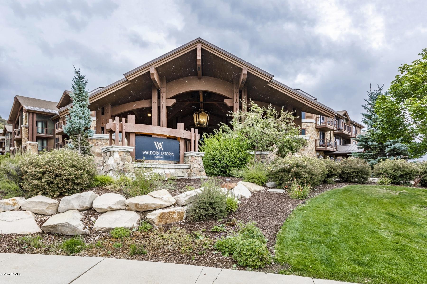 2100 Frostwood Drive, Park City, Utah 84098, 1 Bedroom Bedrooms, ,2 BathroomsBathrooms,Condominium,For Sale,Frostwood,12003384