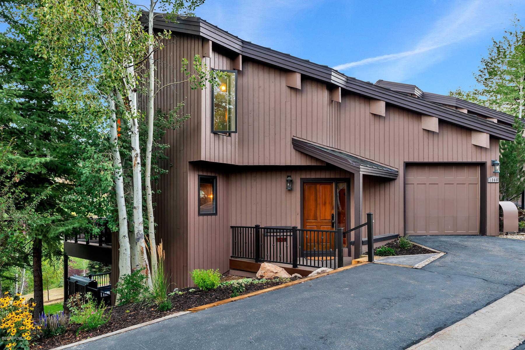 1360 Pinnacle Drive, Park City, Utah 84060, 4 Bedrooms Bedrooms, ,4 BathroomsBathrooms,Condominium,For Sale,Pinnacle,12003433