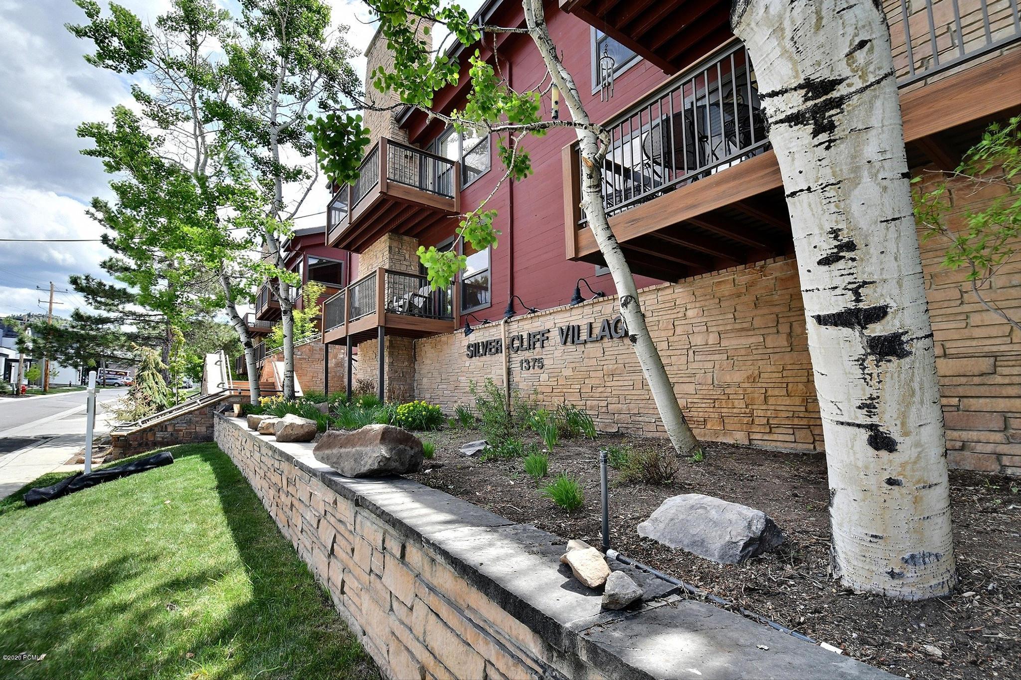 1375 Woodside Avenue, Park City, Utah 84060, 2 Bedrooms Bedrooms, ,2 BathroomsBathrooms,Condominium,For Sale,Woodside,12003010