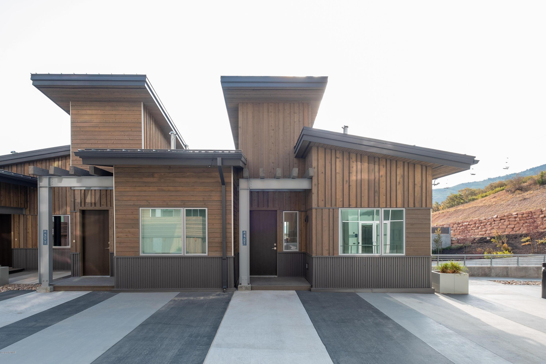 2752 High Mountain Road, Park City, Utah 84098, 3 Bedrooms Bedrooms, ,4 BathroomsBathrooms,Condominium,For Sale,High Mountain,12004083