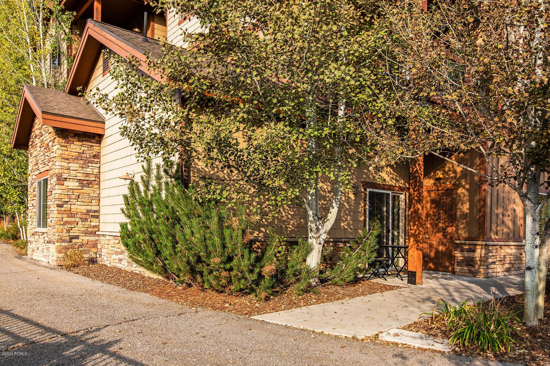 5569 Oslo Lane, Park City, Utah 84098, 3 Bedrooms Bedrooms, ,2 BathroomsBathrooms,Condominium,For Sale,Oslo,12003570