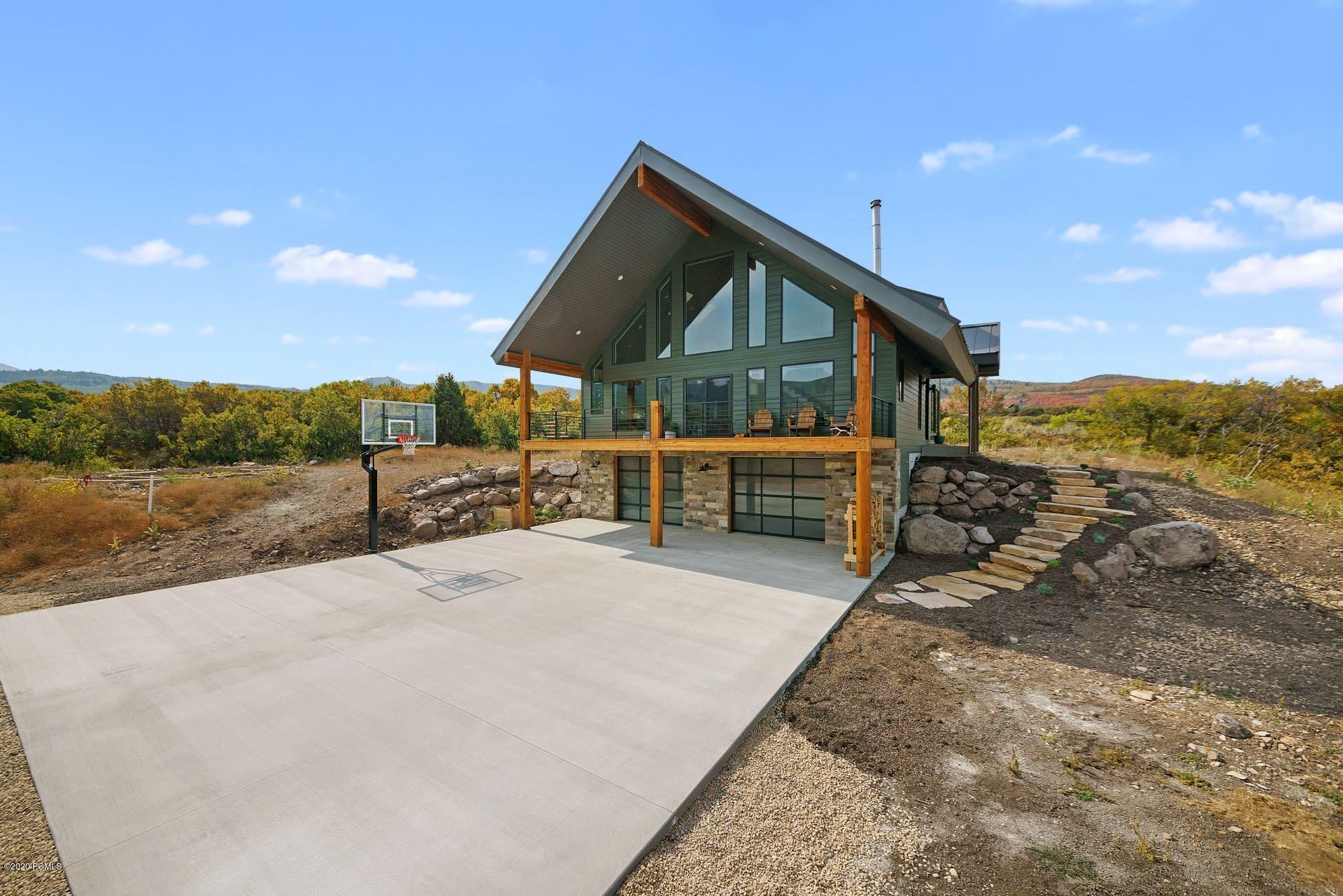 9786 Ridge Pine Road, Heber City, Utah 84032, 3 Bedrooms Bedrooms, ,3 BathroomsBathrooms,Single Family,For Sale,Ridge Pine,12003582