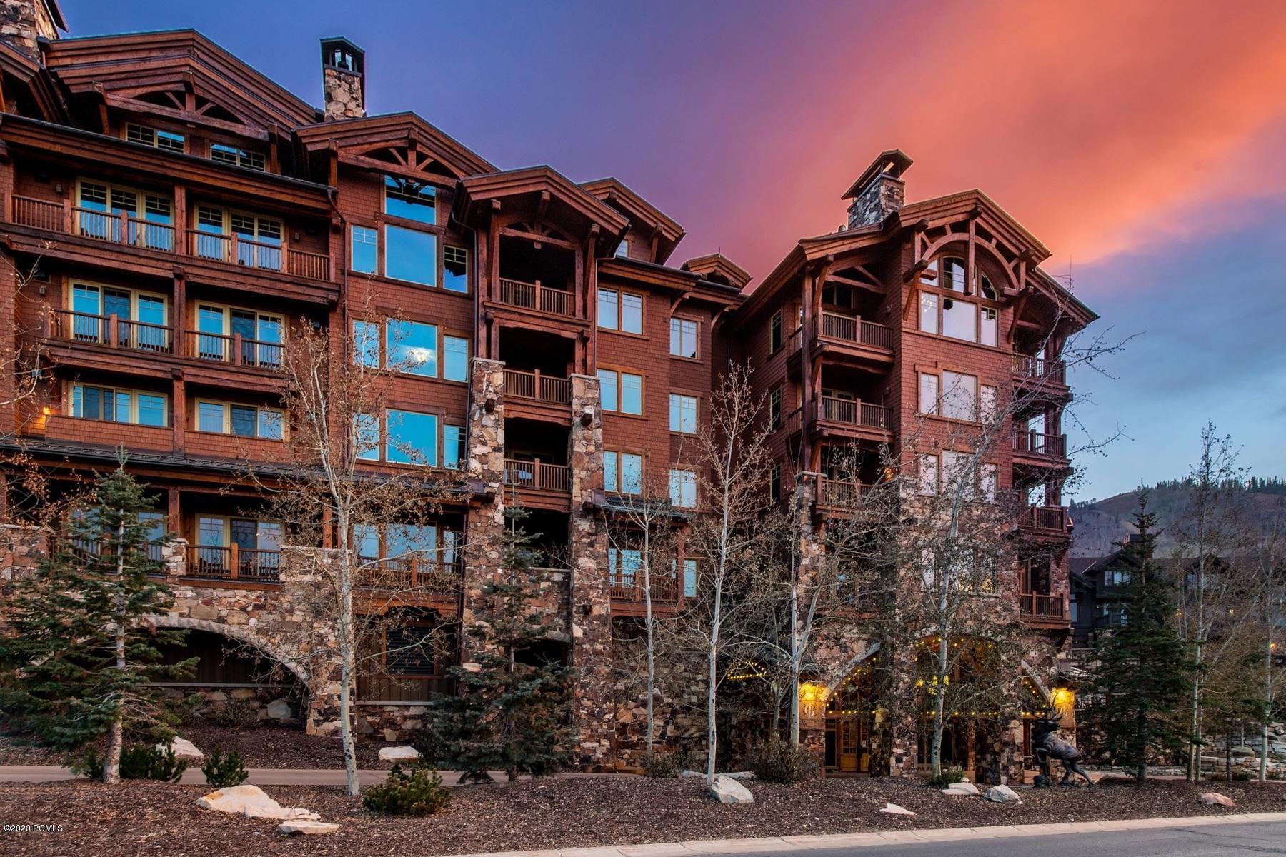 8777 Marsac Avenue, Park City, Utah 84060, 4 Bedrooms Bedrooms, ,5 BathroomsBathrooms,Condominium,For Sale,Marsac,12003704