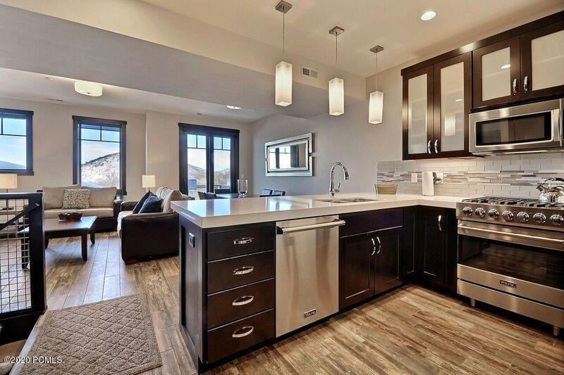 3692 Blackstone Drive, Park City, Utah 84098, 3 Bedrooms Bedrooms, ,3 BathroomsBathrooms,Condominium,For Sale,Blackstone,12003744