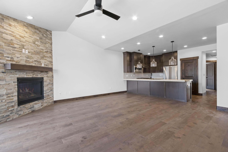 14459 Buck Horn Trail, Heber City, Utah 84032, 4 Bedrooms Bedrooms, ,4 BathroomsBathrooms,Condominium,For Sale,Buck Horn,12003752