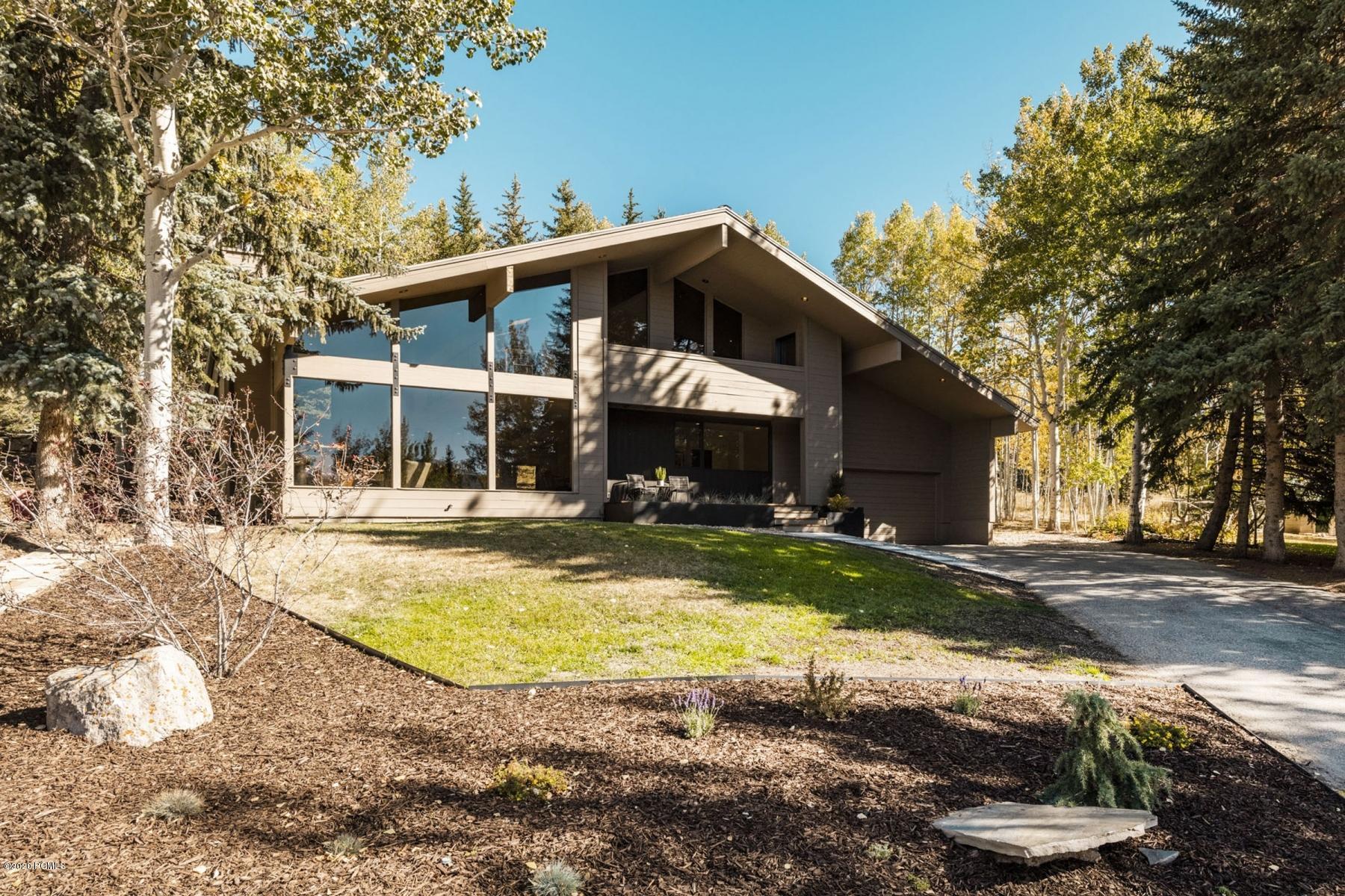 3320 Crestline Drive, Park City, Utah 84060, 3 Bedrooms Bedrooms, ,3 BathroomsBathrooms,Single Family,For Sale,Crestline,12003797