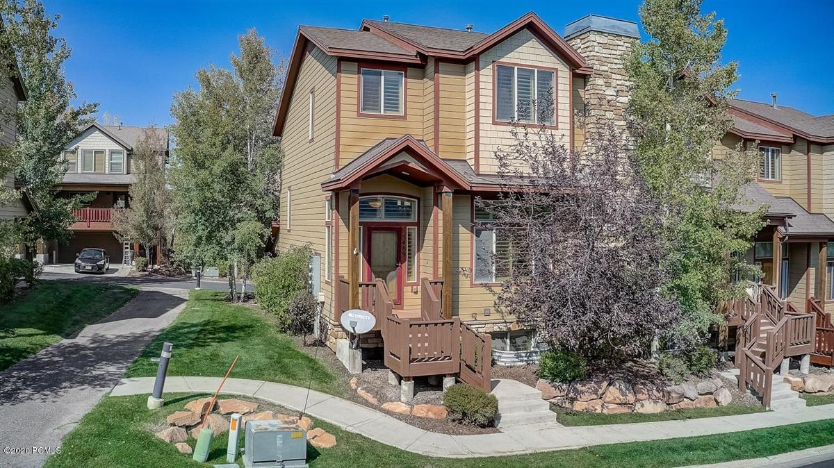 5489 Luge Lane, Park City, Utah 84098, 4 Bedrooms Bedrooms, ,4 BathroomsBathrooms,Condominium,For Sale,Luge,12003800