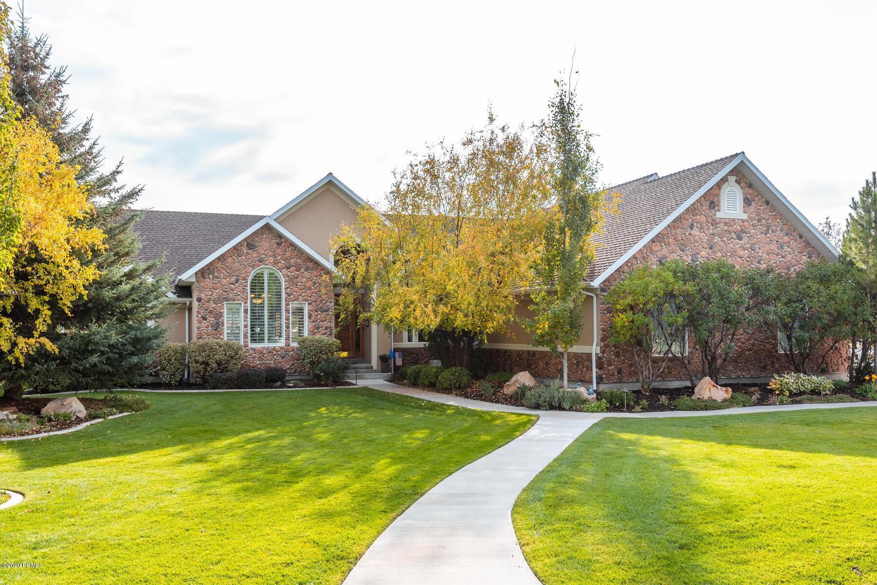 900 440 E Martha Lane, Midway, Utah 84049, 6 Bedrooms Bedrooms, ,5 BathroomsBathrooms,Single Family,For Sale,440 E Martha,12003827