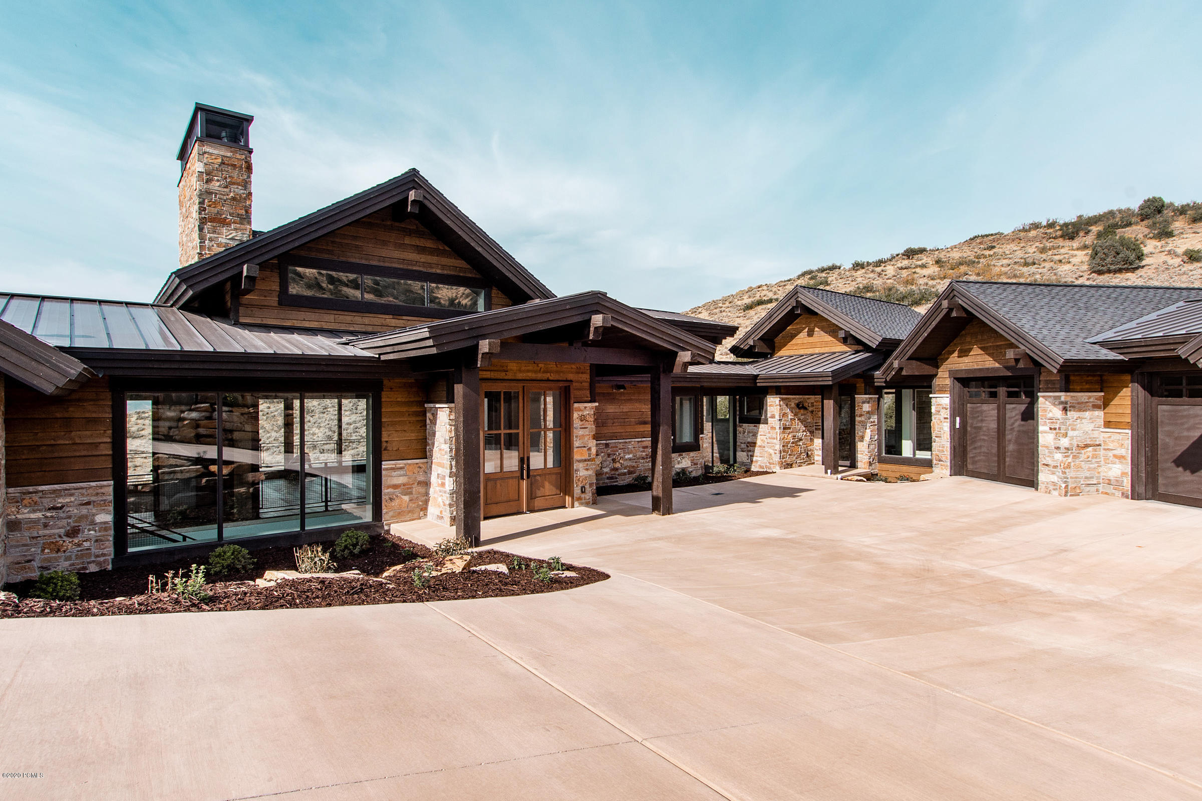 1689 Chimney Rock Rd (Lot 527), Heber City, Utah 84032, 5 Bedrooms Bedrooms, ,6 BathroomsBathrooms,Single Family,For Sale,Chimney Rock Rd (Lot 527),12001561