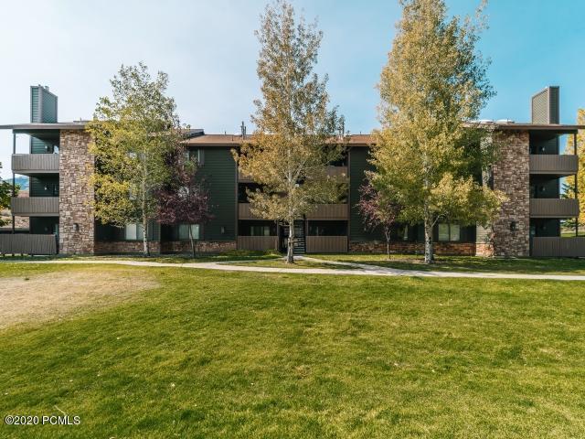 6851 2200, Park City, Utah 84098, 2 Bedrooms Bedrooms, ,2 BathroomsBathrooms,Condominium,For Sale,2200,12003907