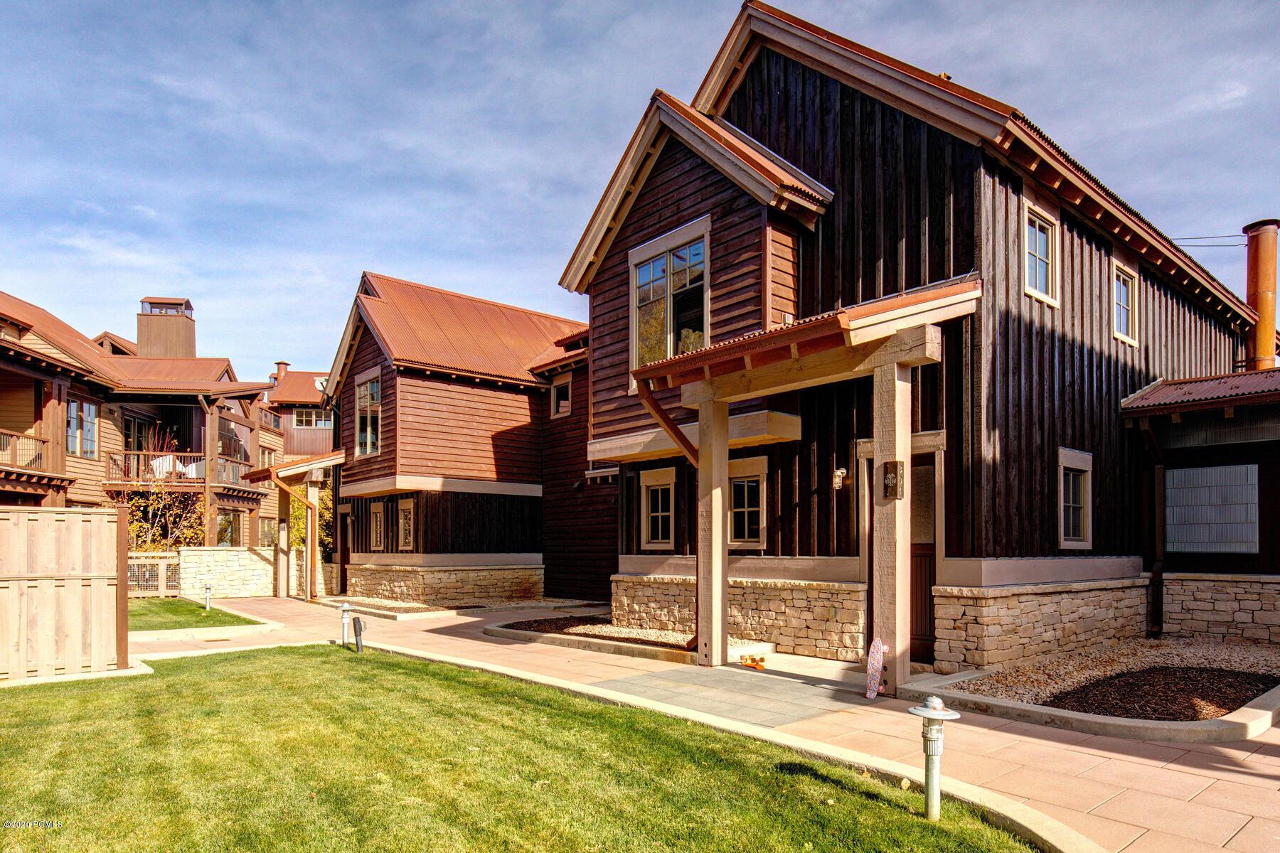 1825 Three Kings Drive, Park City, Utah 84060, 2 Bedrooms Bedrooms, ,3 BathroomsBathrooms,Condominium,For Sale,Three Kings Drive,12004020