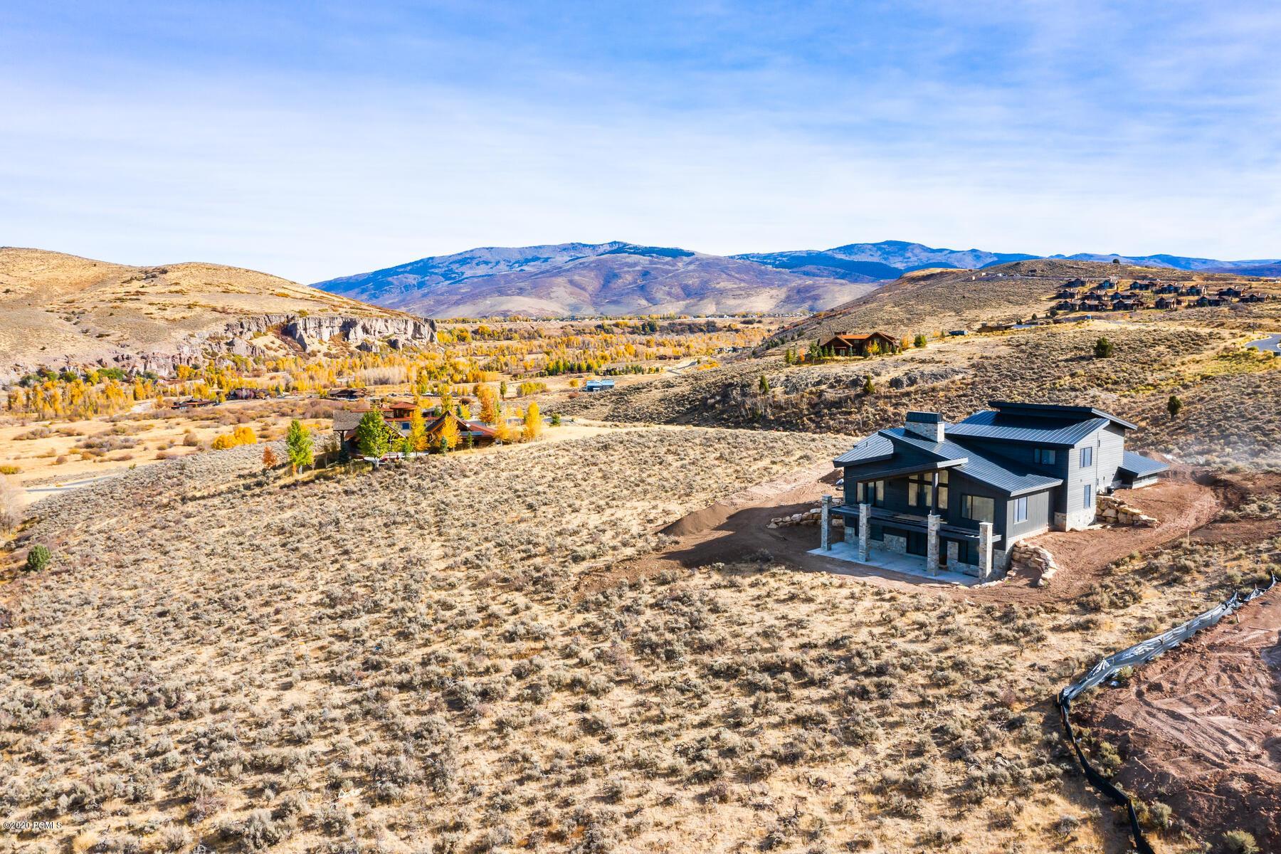 7275 Cinch Way, Heber City, Utah 84032, 5 Bedrooms Bedrooms, ,5 BathroomsBathrooms,Single Family,For Sale,Cinch,12002889