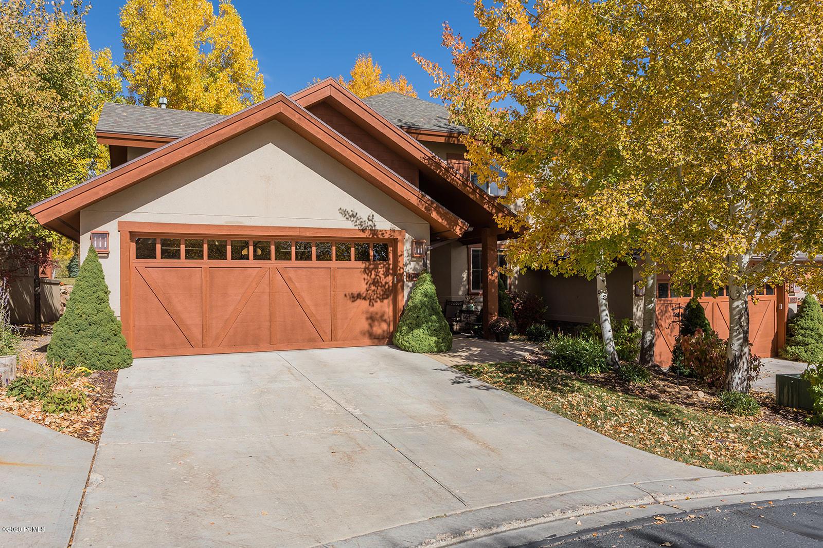 1094 Turnberry Ct Court, Midway, Utah 84049, 3 Bedrooms Bedrooms, ,4 BathroomsBathrooms,Condominium,For Sale,Turnberry Ct,12004136