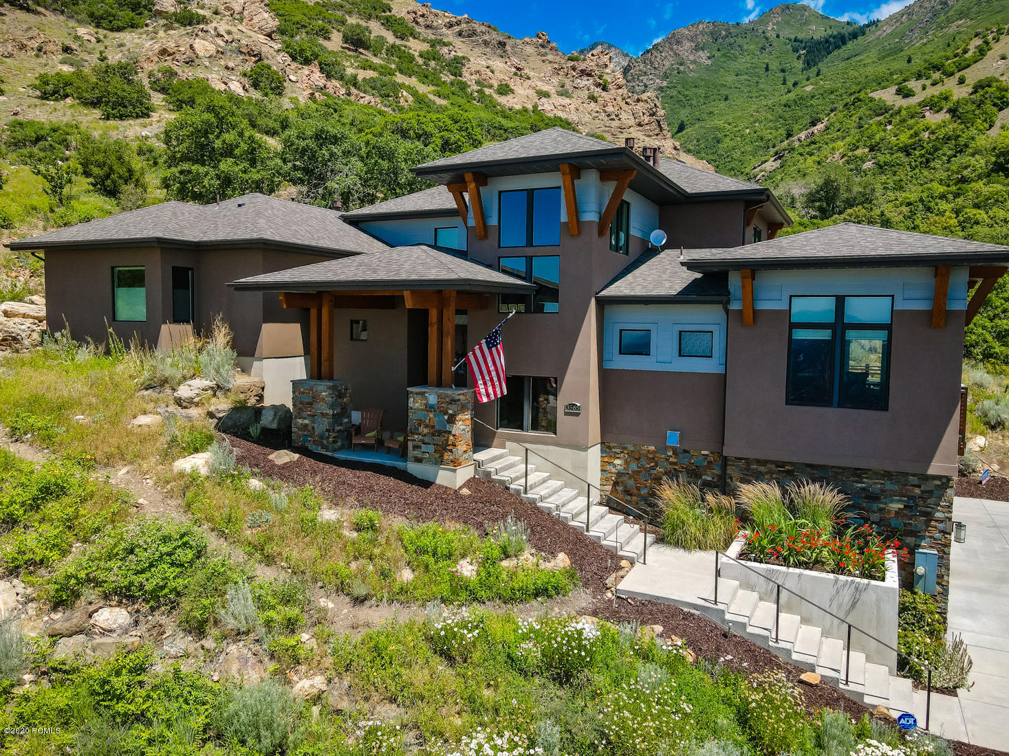 3565 Canyon Winds Lane, Salt Lake City, Utah 84121, 4 Bedrooms Bedrooms, ,4 BathroomsBathrooms,Single Family,For Sale,Canyon Winds,12004138