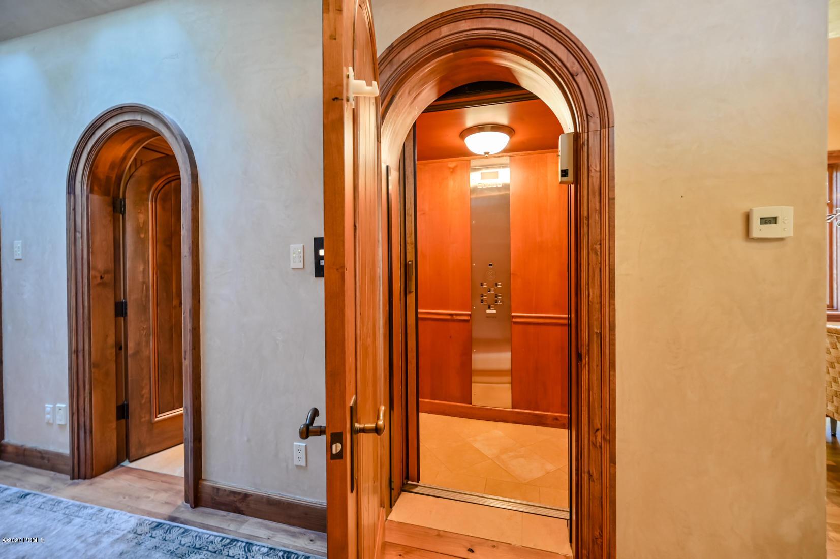2750 Creek Crossing Lane, Salt Lake City, Utah 84121, 5 Bedrooms Bedrooms, ,12 BathroomsBathrooms,Single Family,For Sale,Creek Crossing,12004193