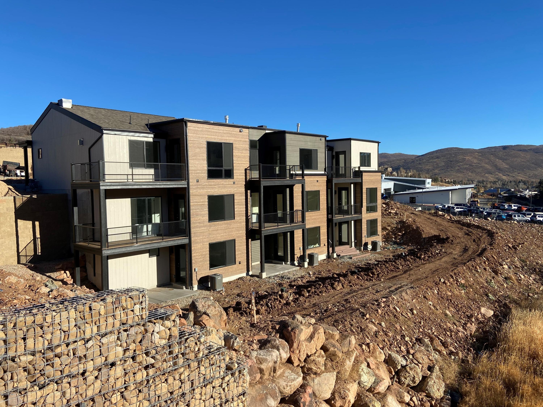 8216 Toll Creek Lane, Park City, Utah 84098, 2 Bedrooms Bedrooms, ,3 BathroomsBathrooms,Condominium,For Sale,Toll Creek,11906083