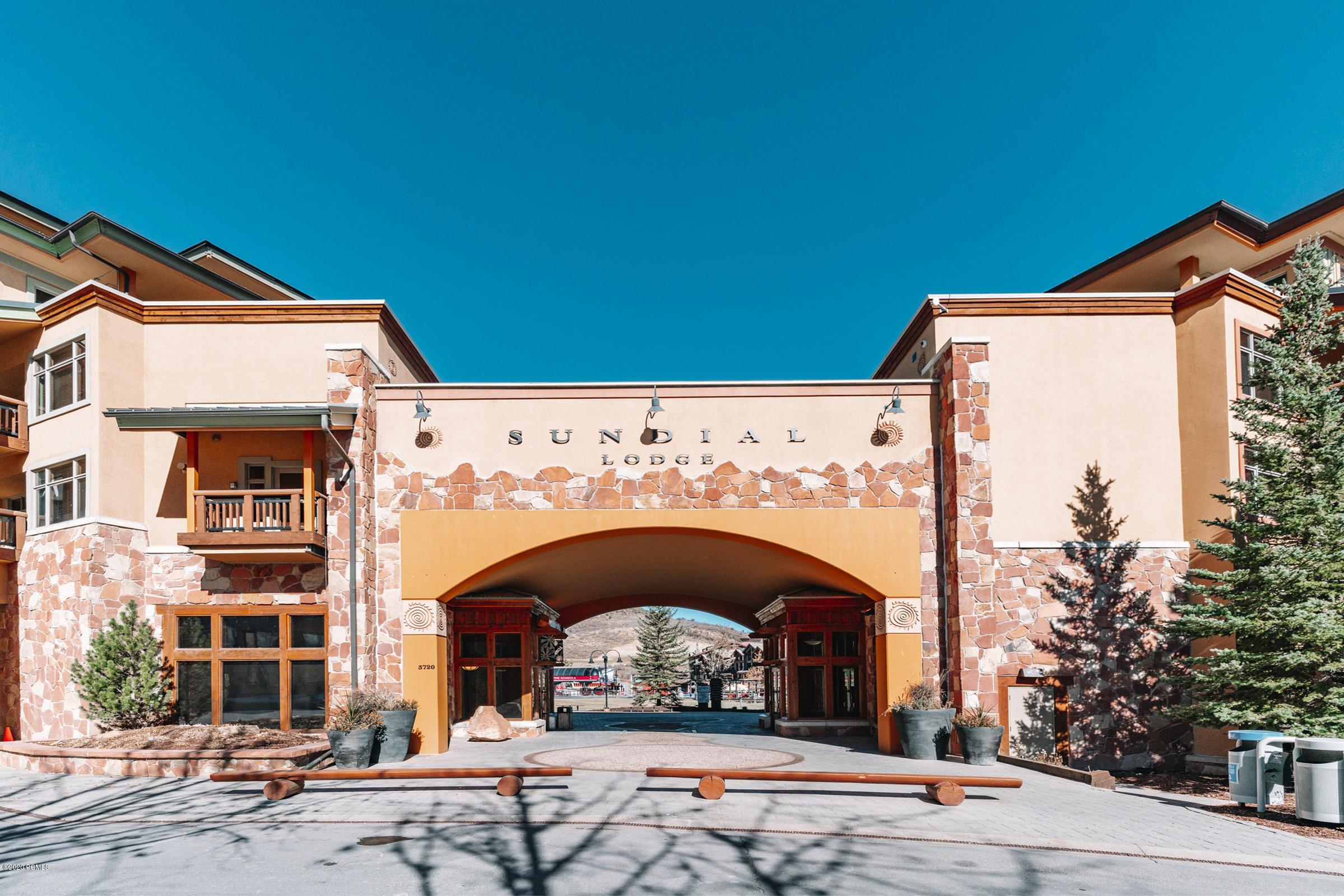3720 Sundial Court, Park City, Utah 84098, 2 Bedrooms Bedrooms, ,2 BathroomsBathrooms,Condominium,For Sale,Sundial,12004289