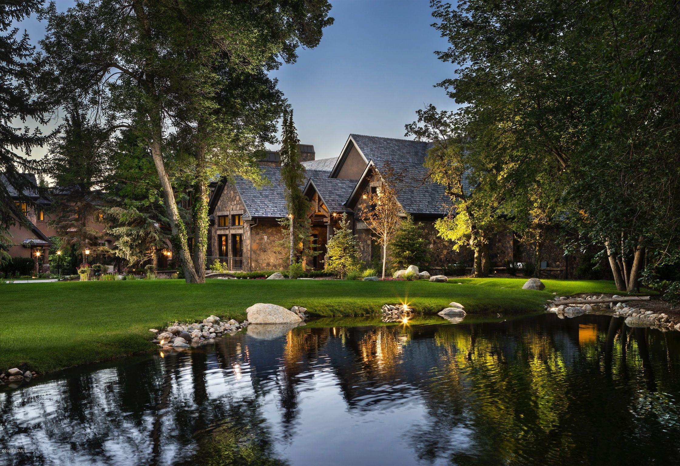 2388 Oakhill Drive, Salt Lake City, Utah 84121, 7 Bedrooms Bedrooms, ,9 BathroomsBathrooms,Single Family,For Sale,Oakhill,12004470