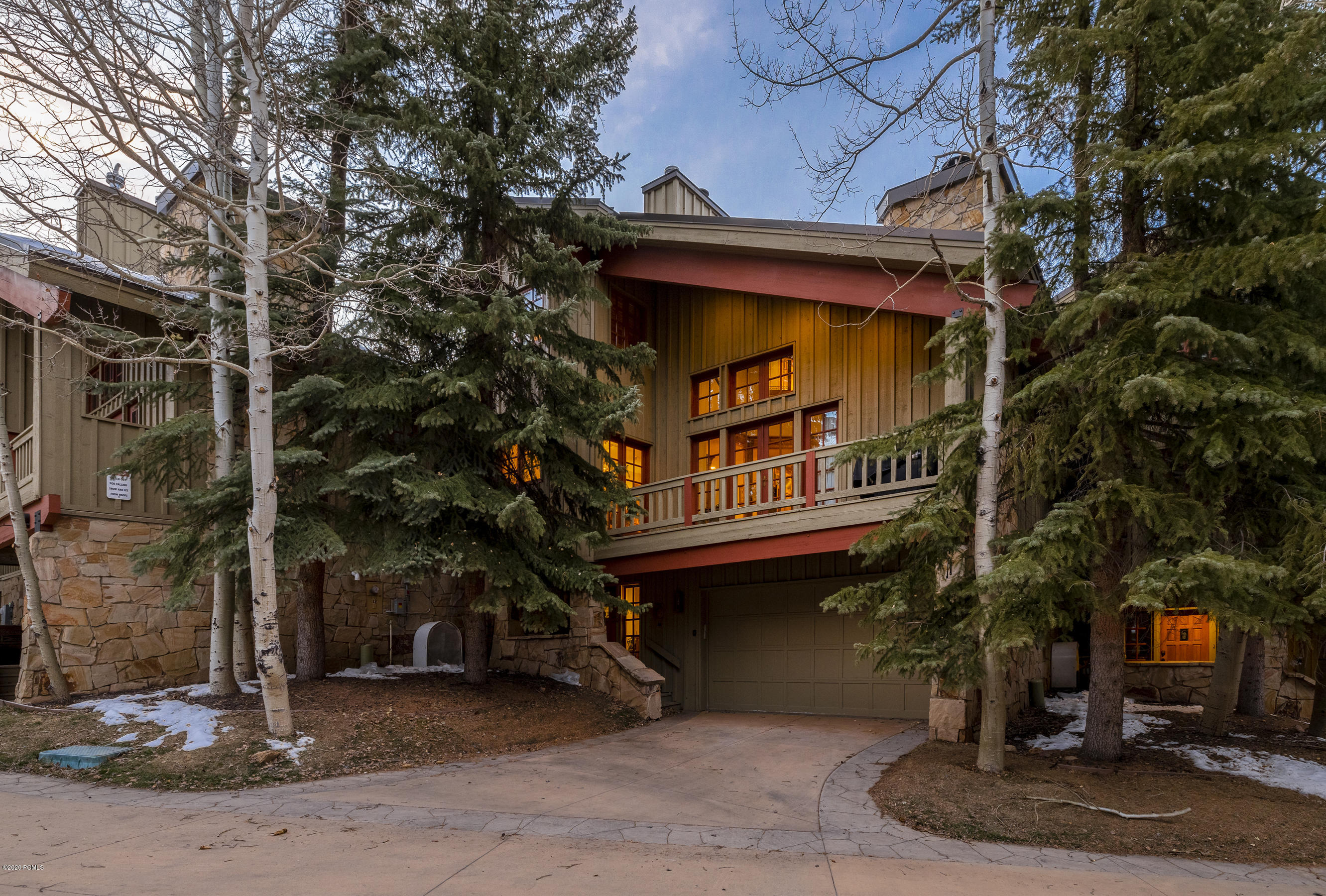 8015 Cache Drive, Park City, Utah 84060, 3 Bedrooms Bedrooms, ,4 BathroomsBathrooms,Condominium,For Sale,Cache,12004533