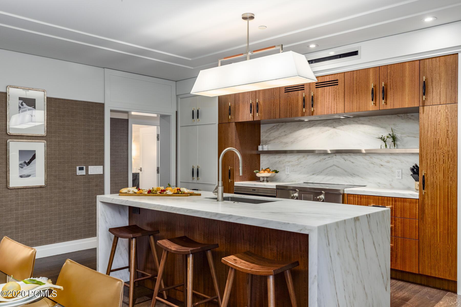 7520 Royal Street, Park City, Utah 84060, 3 Bedrooms Bedrooms, ,4 BathroomsBathrooms,Condominium,For Sale,Royal,12005020