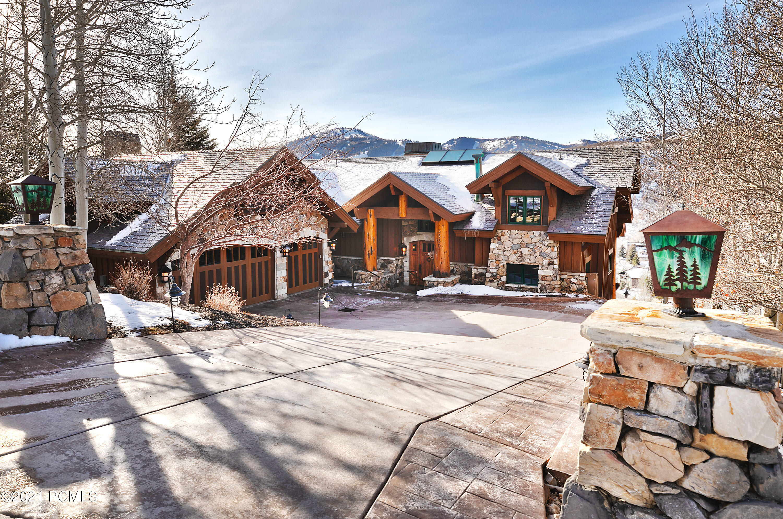 3530 Oak Wood Drive, Park City, Utah 84060, 5 Bedrooms Bedrooms, ,7 BathroomsBathrooms,Single Family,For Sale,Oak Wood,12100166