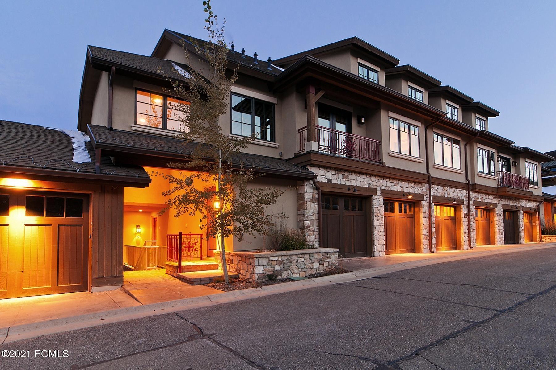 3694 Vintage East Street, Park City, Utah 84098, 3 Bedrooms Bedrooms, ,4 BathroomsBathrooms,Condominium,For Sale,Vintage East,12100224