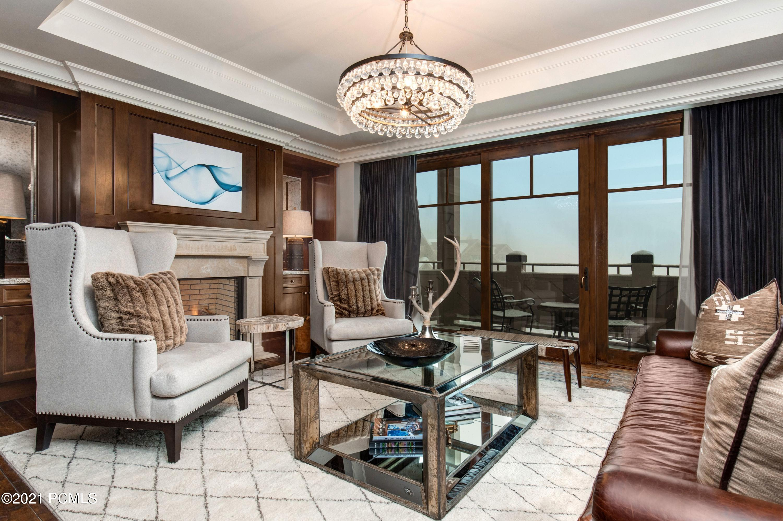 9100 Marsac Avenue, Park City, Utah 84060, 3 Bedrooms Bedrooms, ,4 BathroomsBathrooms,Condominium,For Sale,Marsac,12100468