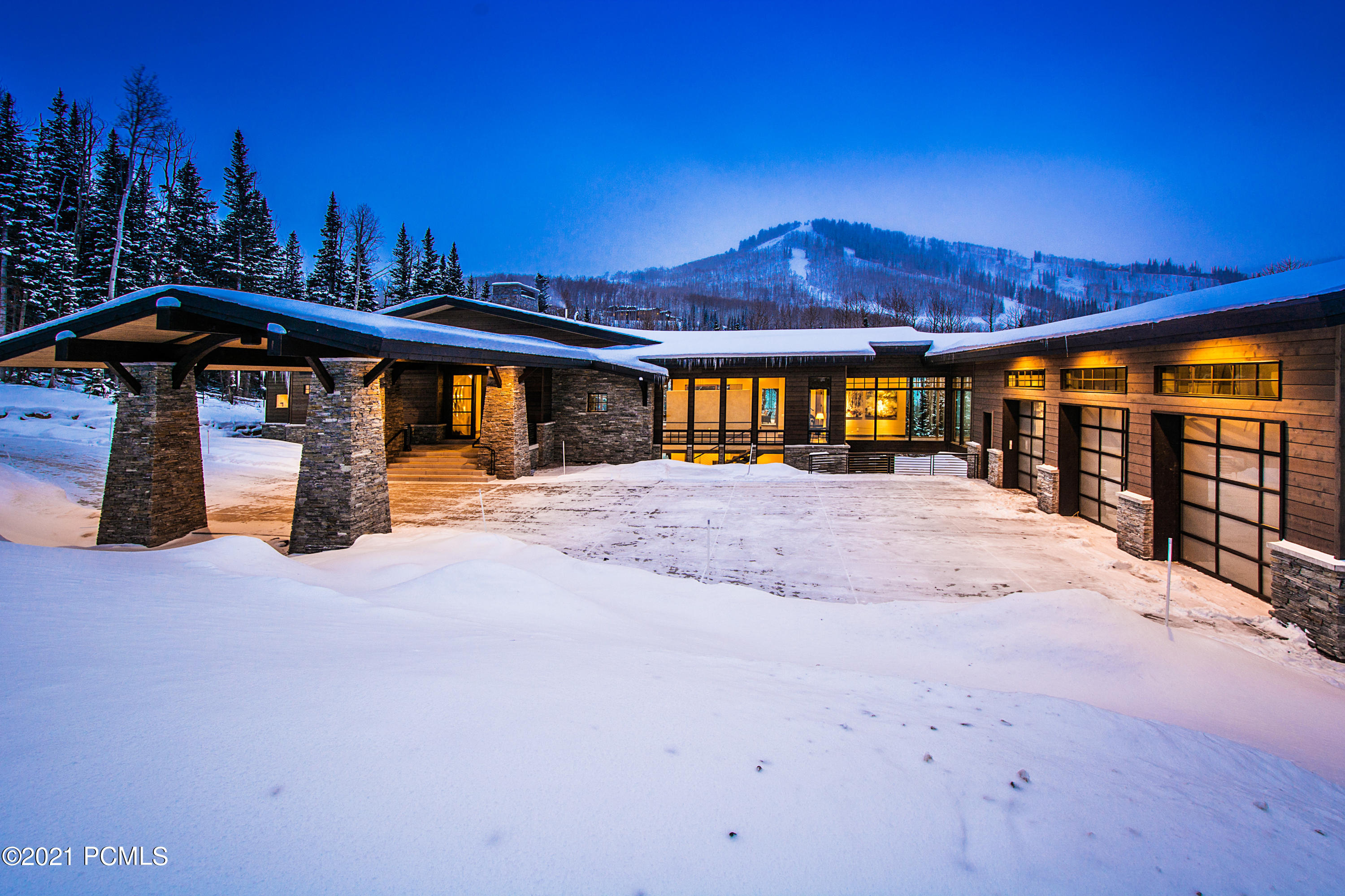 215 White Pine Canyon Road, Park City, Utah 84060, 6 Bedrooms Bedrooms, ,8 BathroomsBathrooms,Single Family,For Sale,White Pine Canyon,12100518
